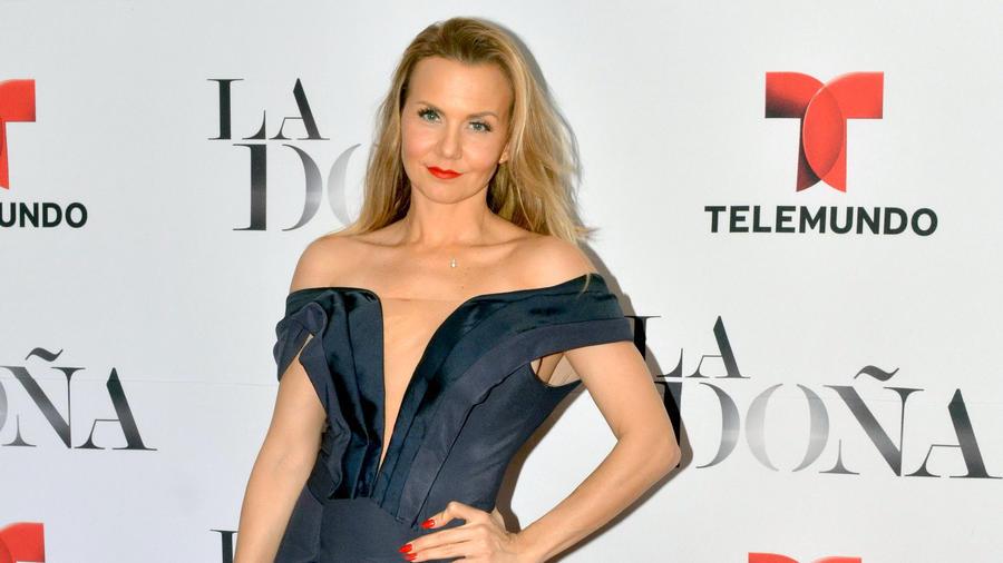 """Michelle Vieth en la presentación de la telenovela """"La Doña"""", noviembre 2016."""