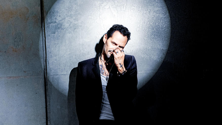 "Marc Anthony en el video 360° de ""Lo que te di"""