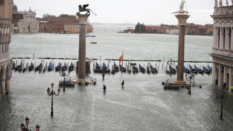 Una imagen de Venecia completamente inundada este viernes.
