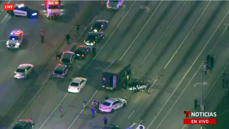 Imagen aérea del camión de UPS una vez finalizada la persecución.