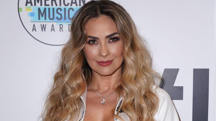 Aracely Arámbula en la alfombra roja de los Latin American Music Awards 2018 en Los Ángeles