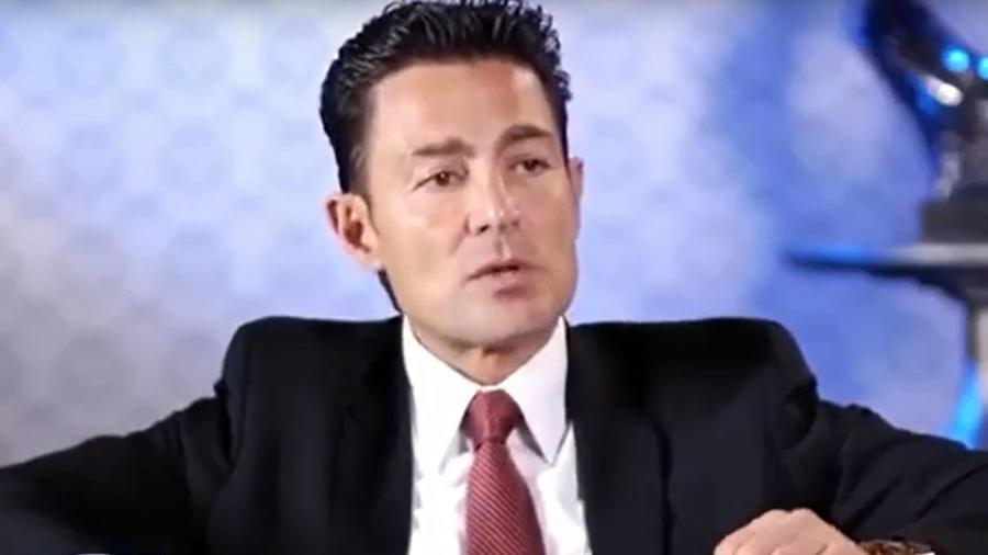 Fernando Colunga en un programa de televisión en República Dominicana