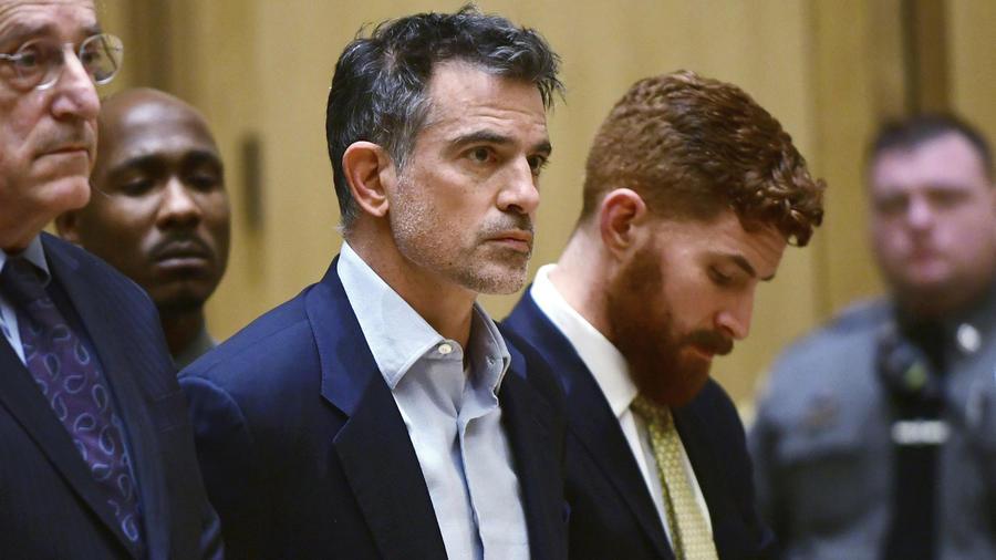 Fotis Dulos en una audiencia en corte.