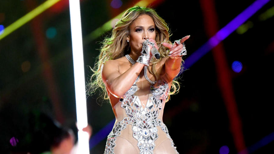 Jennifer Lopez en el show de medio tiempo del Super Bowl 2020