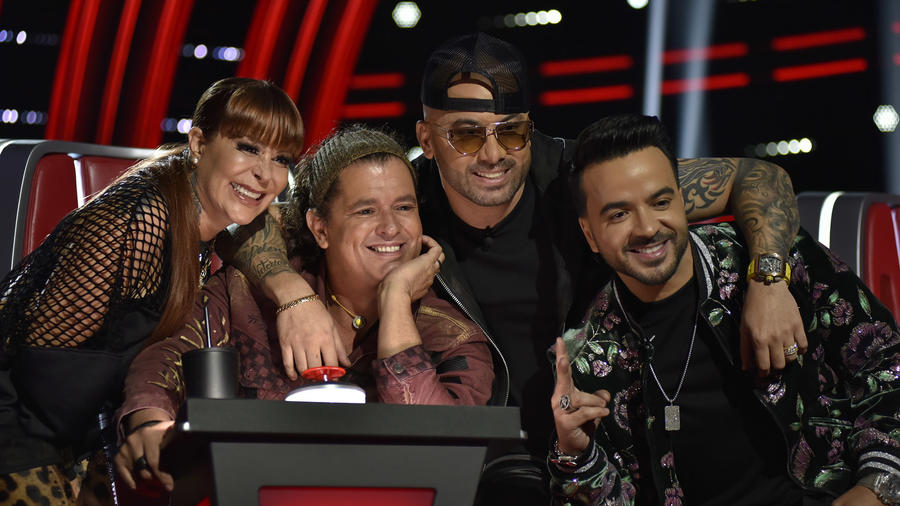 Los coaches de La Voz US 2, Alejandra Guzmán, Carlos Vives, Wisin, Luis Fonsi
