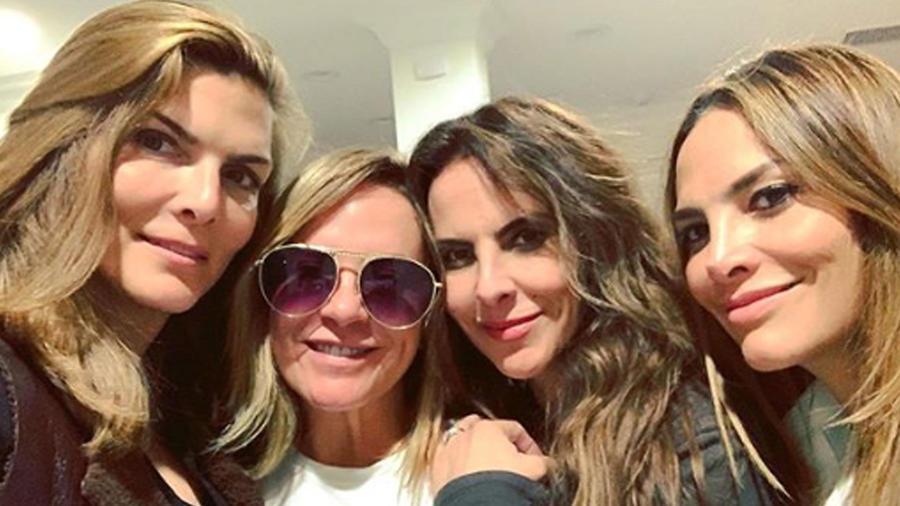 Kate del Castillo con sus amigas