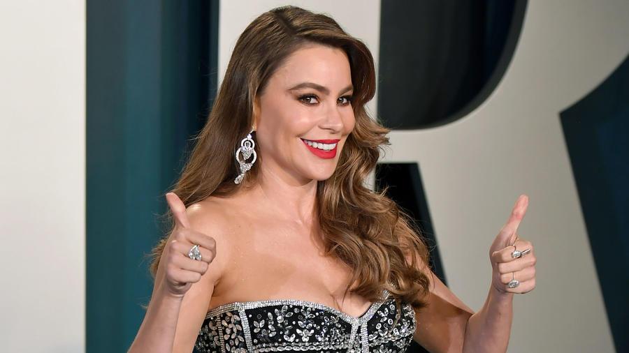 Sofía Vergara acude a la Fiesta Vanity Fair Oscar 2020