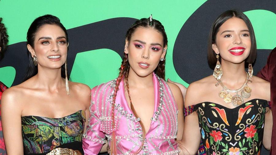 Spotify Awards 2020: Danna Paola motiva a las mujeres a desfilar con lo que se les antoje
