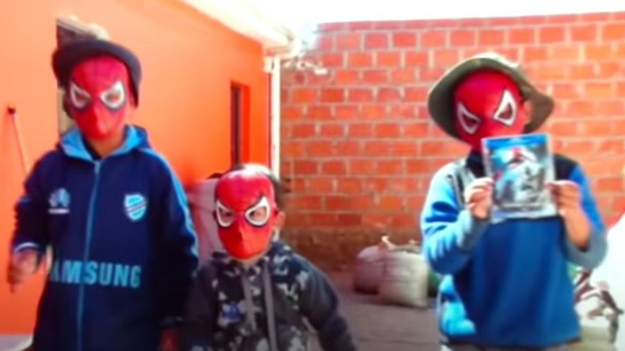 Hermanos picados araña Spiderman Bolivia