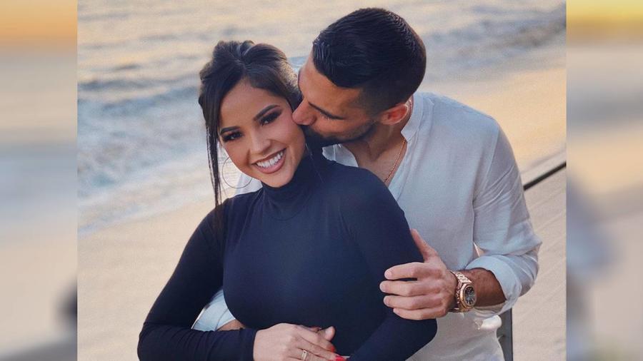 Becky G y su novio Sebastian Lletget