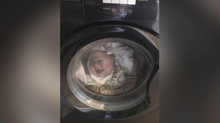 Bebé en lavadora