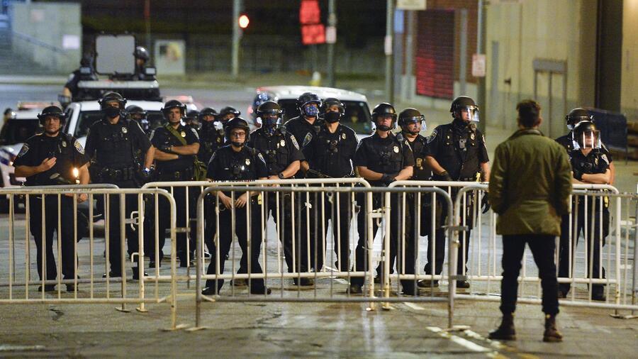 Policía de Rochester.