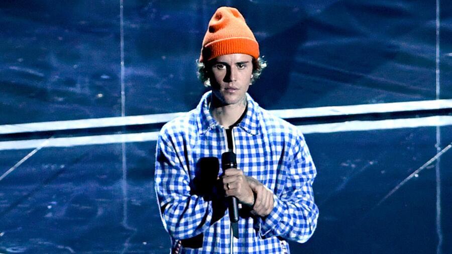 Justin Bieber en los American Music Awards 2020