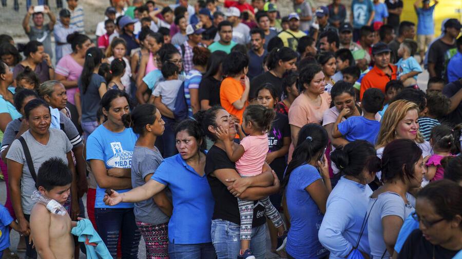 Migrantes devueltos a México por la política migratoria del expresidente Donald Trump