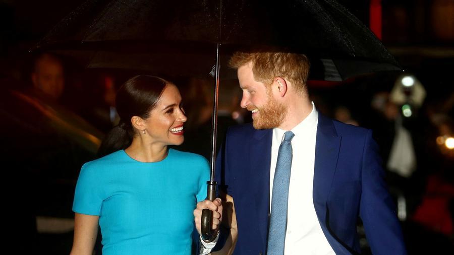 El príncipe Harry y su esposa Meghan en los premios del Fondo Endeavour en Londres.