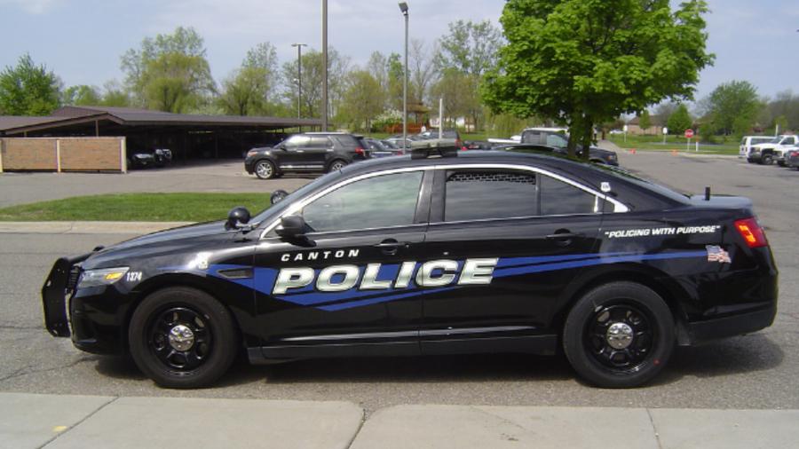 Un carro de la policía de Canton Township, Michigan.