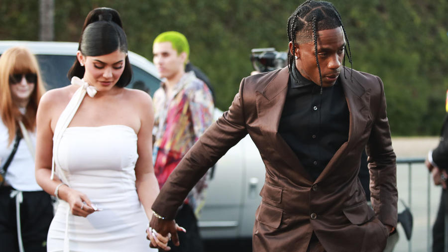 Kylie Jenner y Travis Scott de la mano