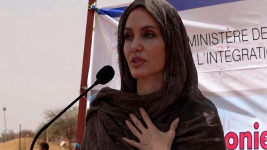 Angelina Jolie visitó Burkina Faso