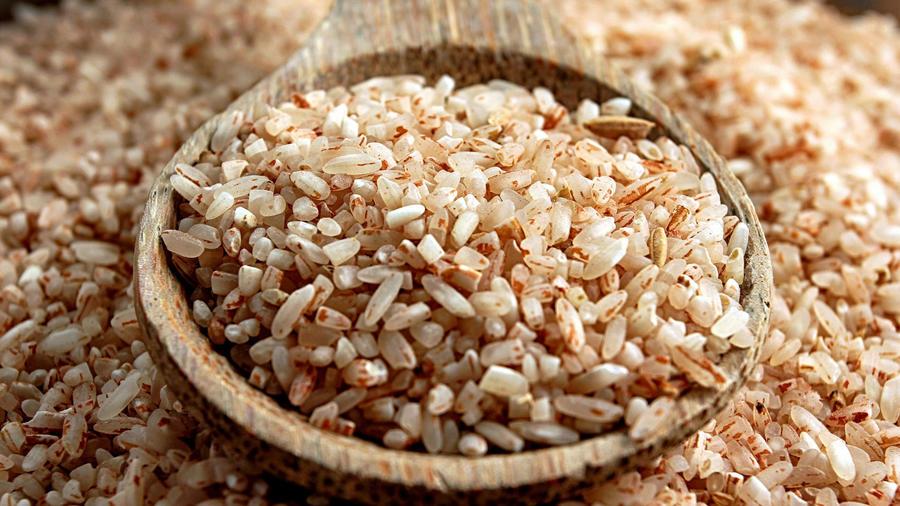 Cucharón con arroz integral