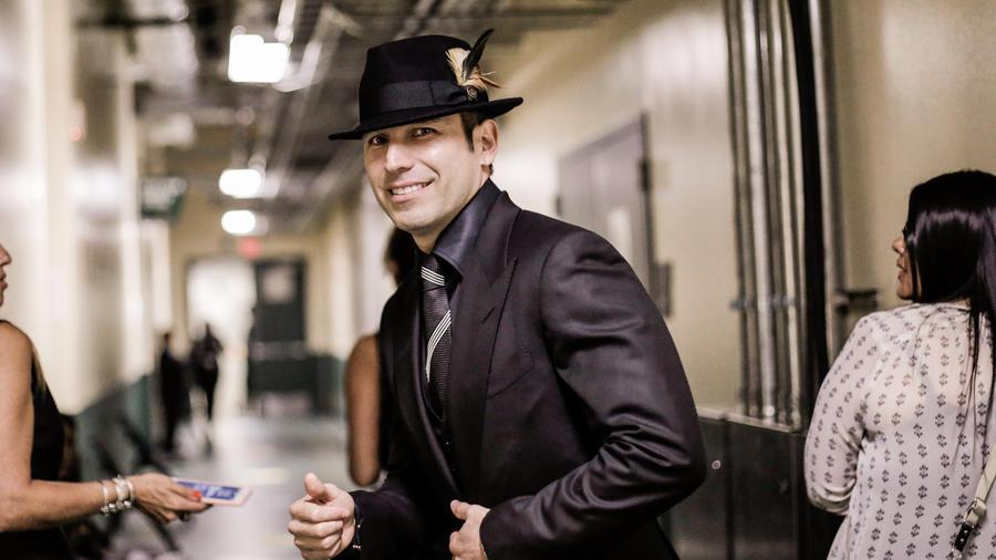 Rafael Amaya detrás de cámaras en los Premios Billboard 2016