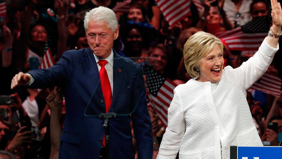 Bill Clinton elogia a Hillary en la Convención Demócrata