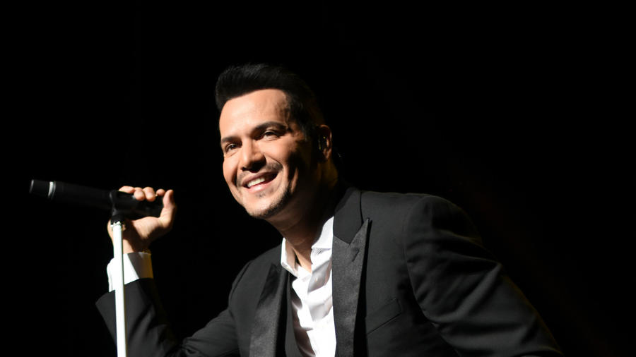 Victor Manuelle Premios Tu Mundo 2016