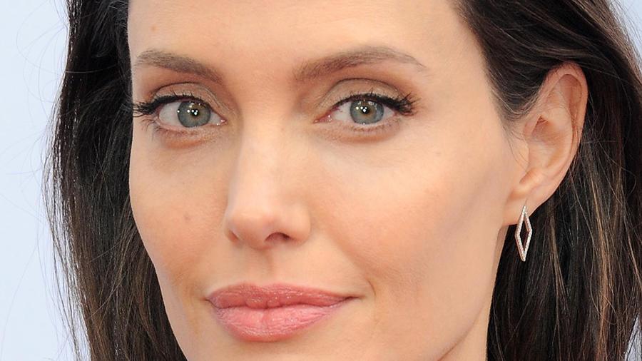 """Angelina Jolie en premiere de """"Kung Fu Panda 3"""" en Hollywood, enero 2016."""
