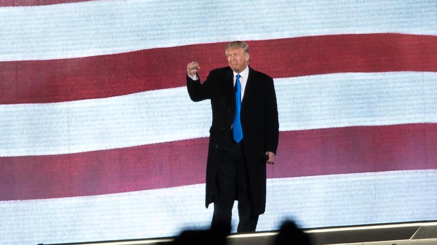 Trump se convierte en el presidente de Estados Unidos