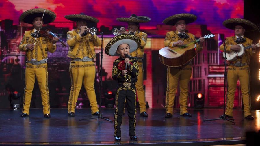 Jossue Girón canta Ay Chavela