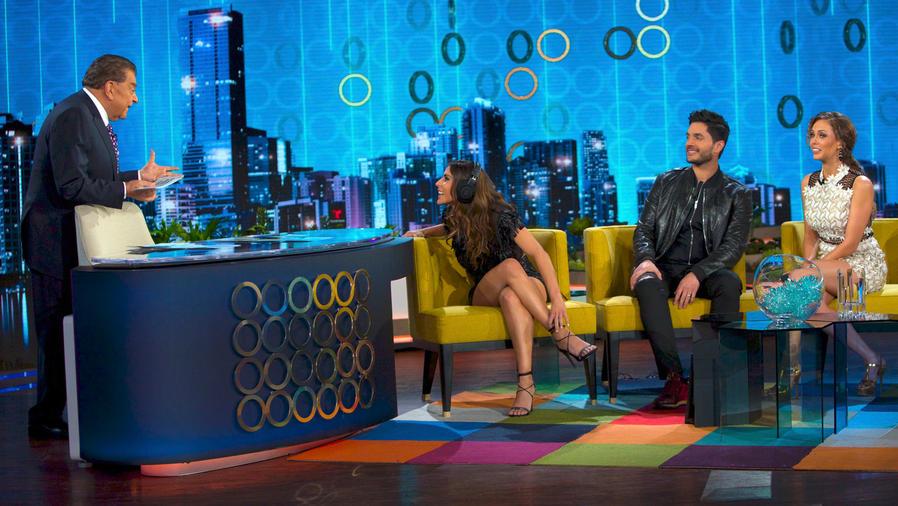 María León y Daniel Elbittar juegan con Don Francisco