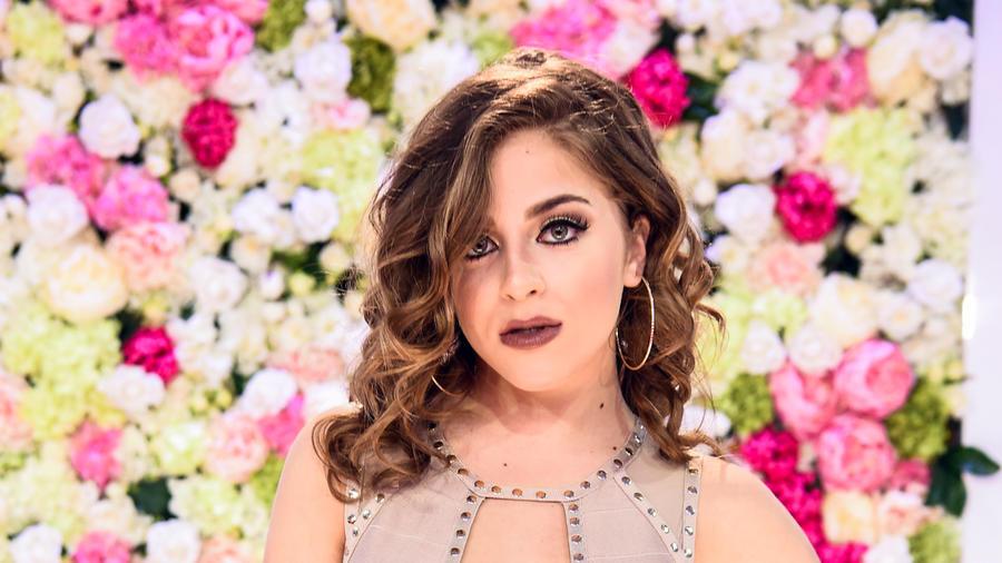 Baby Ariel - Alfombra Roja Premios Billboard 2017