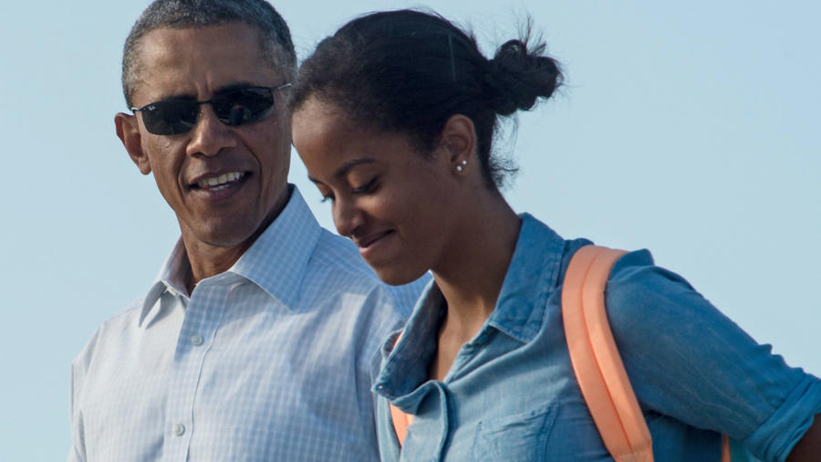Barack Obama y Malia Obama en 2014.