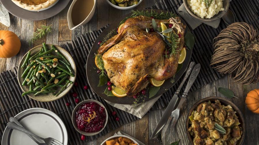 Pavo y otros platillos de Thanksgiving