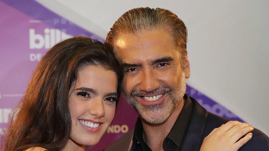 Alejandro Fernández con su hija Camila