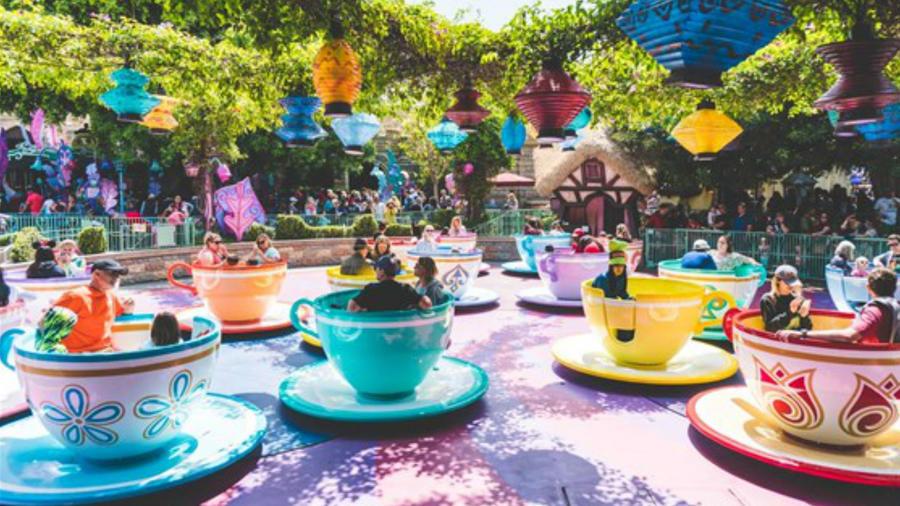 Una atracción en el parque de Disneyland.