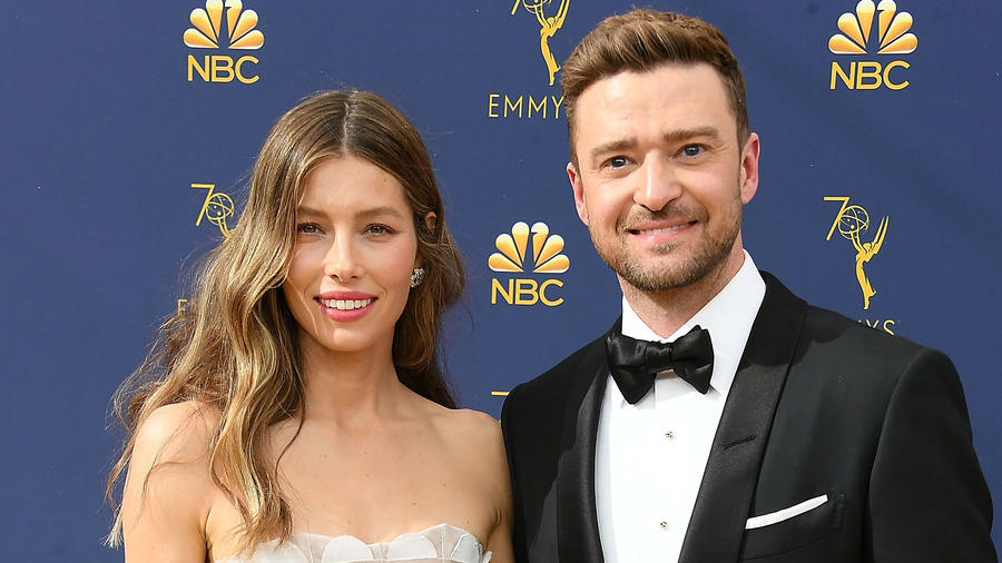 Justin Timberlake Breaks Silence & Apologizes to Jessica Biel Over PDA Photos With Co-Star