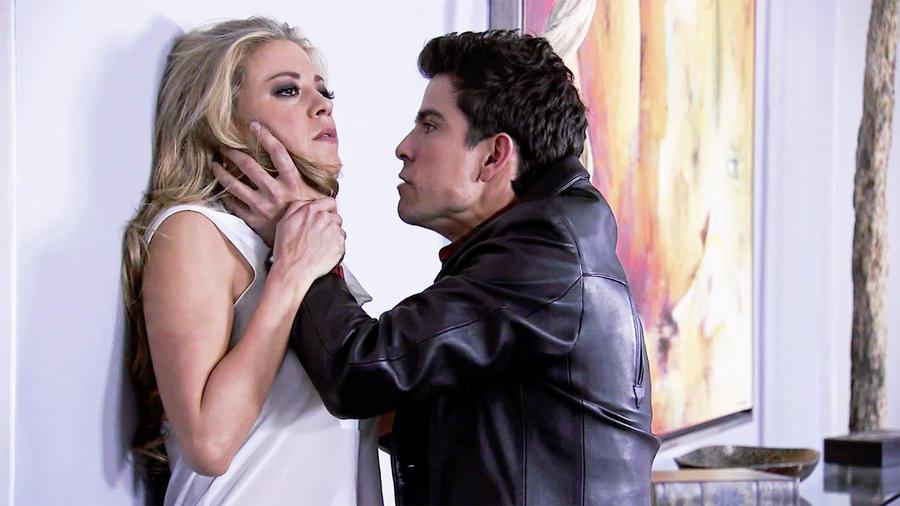 Fernanda Castillo, Jorge luis Moreno, ahorcando a Mónica, El Señor de los Cielos, Tercera Temporada