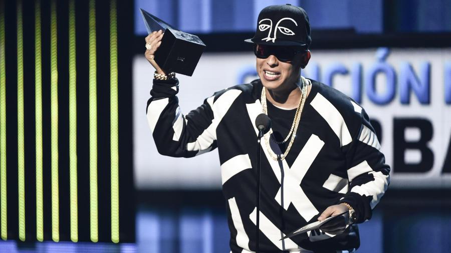 Daddy Yankee en los Latin American Music Awards 2015