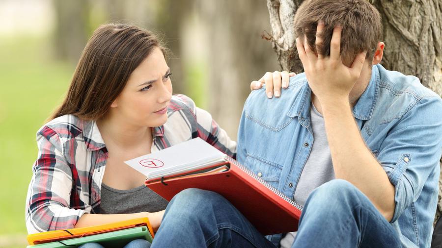 Consolando a un compañero