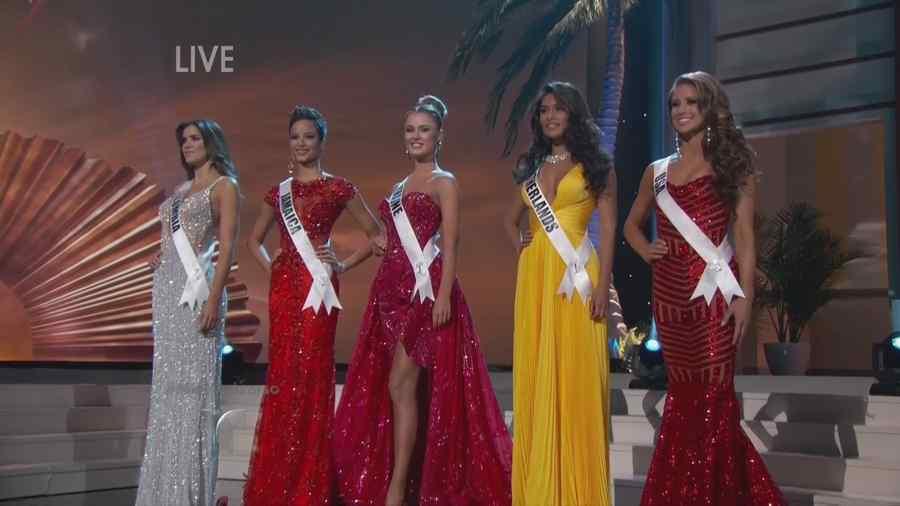 4404277139 Miss Universo 2009  Desfile en traje de gala de la competencia ...