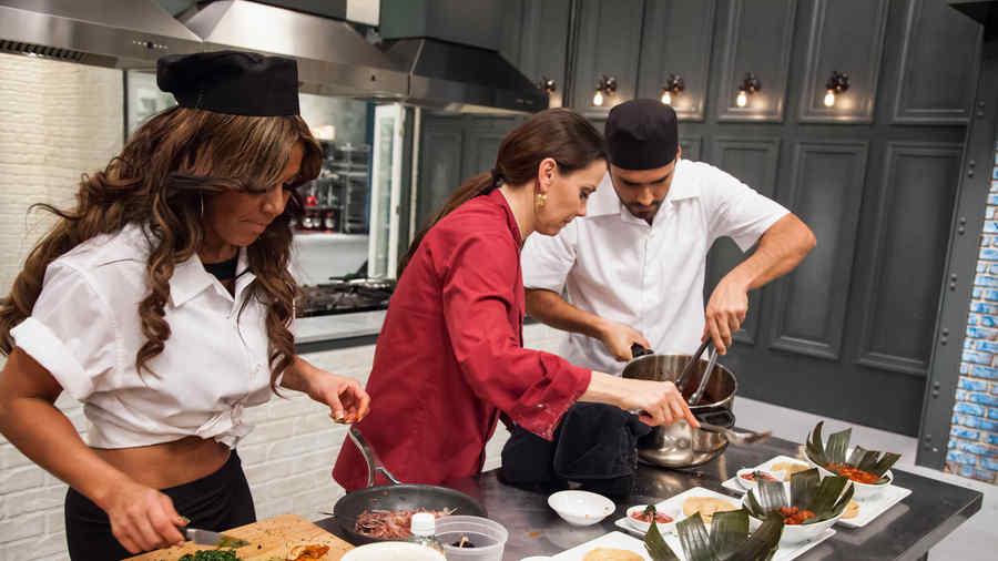 Maripily Rivera, Gabriela Vergara y Fabian Ríos en Top Chef Estrellas