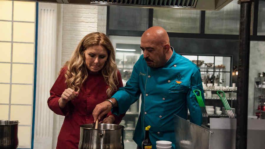 Judith Grace y Jaime Martin del Campo en Top Chef Estrellas