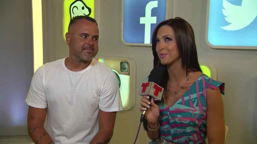 Juan Magán en entrevista con Erika Csiszer en Premios Billboard 2015