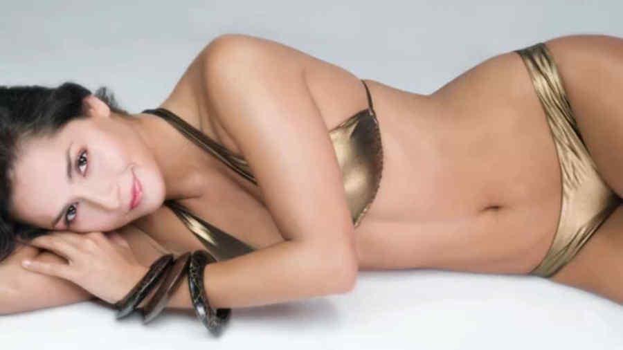Carmen Villalobos posa en traje de baño