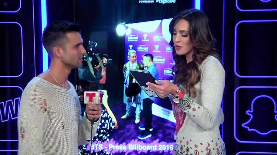 Christian Daniel y Erika Csiszer en Premios Billboard 2016