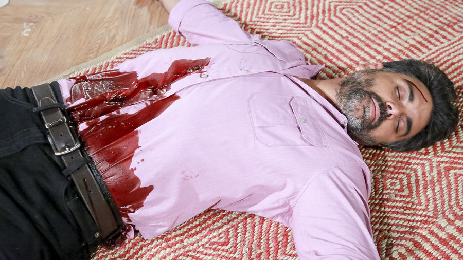 Jorge Luis Pila con herida de bala en el abdomen en Eva La Trailera