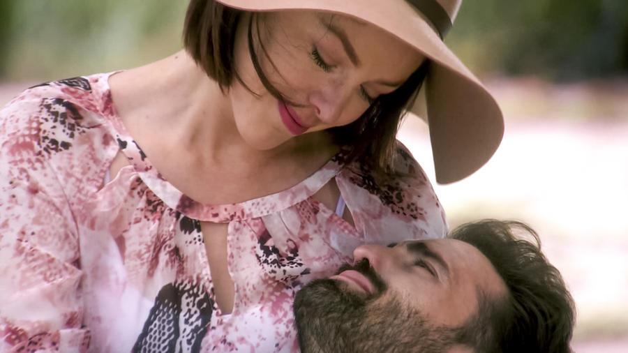 Antonio Gaona muere en los brazos de su hermana en Eva la Trailera