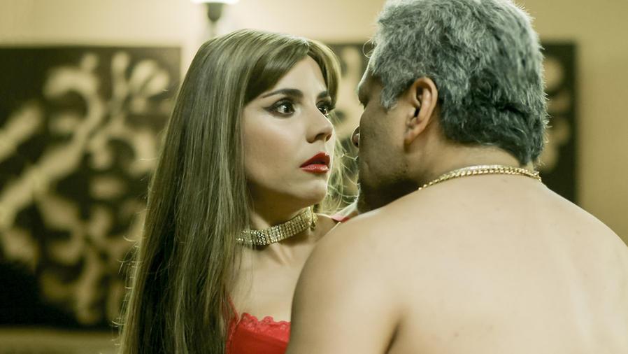 Carolina Gaitán y Dagoberto Gama en Sin Senos Sí Hay Paraíso