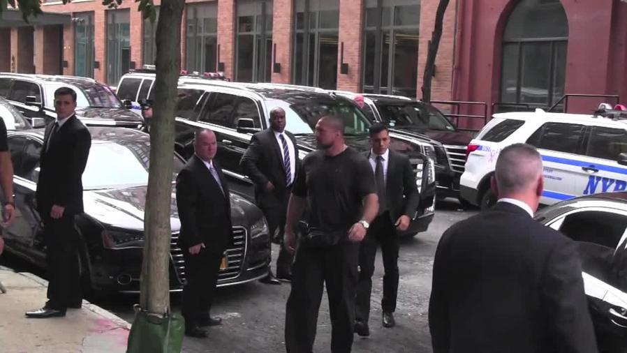 Kim Kardashian llegó a su departamento en Nueva York