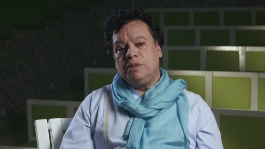 Juan Gabriel en una entrevista